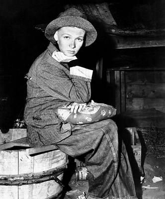 Sturges Photograph - Sullivans Travels, Veronica Lake, 1941 by Everett