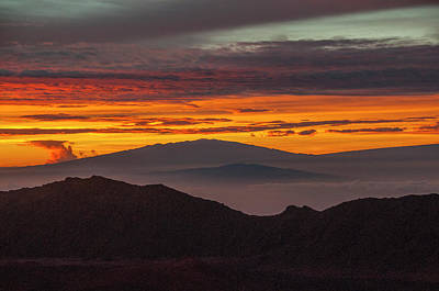 Photograph - Sunrise Atop Haleakala, An Extinct by Karen Kasmauski