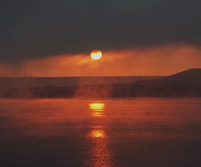 Sunrise On The Columbia River Art Print by Jeff Swan