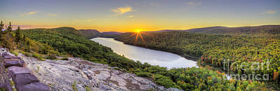 Porcupine Photograph - Sunrise Over Lake Of The Clouds by Twenty Two North Photography