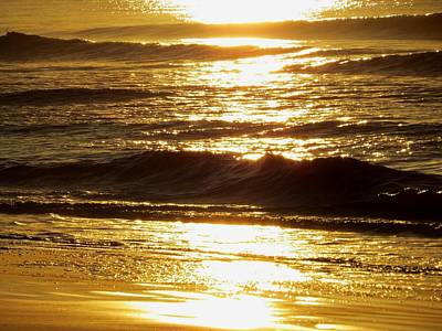 Sunrise Waves Art Print