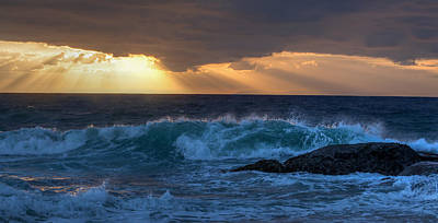 Photograph - Sunset Waves by Cliff Wassmann