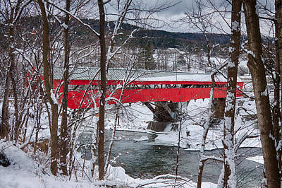 Photograph - Taftsville Covered Bridge by Jeff Folger