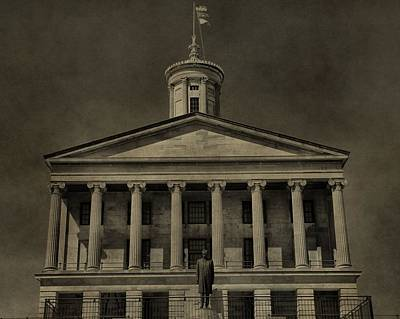 Downtown Nashville Photograph - Tennessee Capitol Building by Dan Sproul