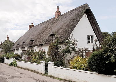 Photograph - Thatched Cottage Avebury by Paul Gulliver