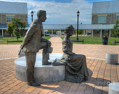 Photograph - The Catherine And Milton Hershey Statue by Mark Dodd