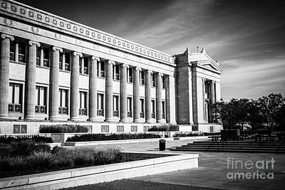 The Field Museum In Chicago In Black And White Art Print