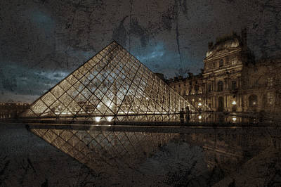 Louvre Digital Art - The Louvre Museum Pyramide by Ayhan Altun