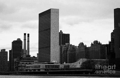 The United Nations Building Un New York Art Print