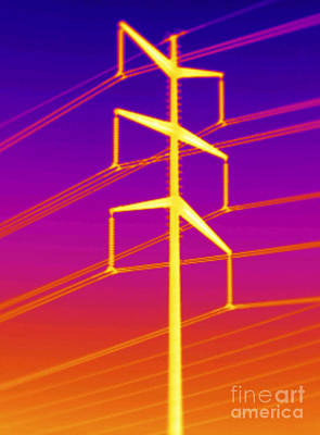 Thermogram Of A Transmission Tower Art Print by GIPhotoStock