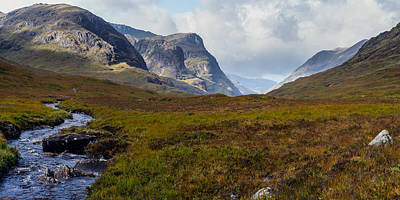 Photograph - Three Sisters Of Glencoe by Gary Eason