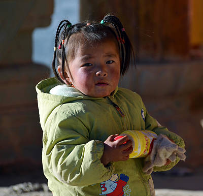Photograph - Tibetan Girl by Yue Wang