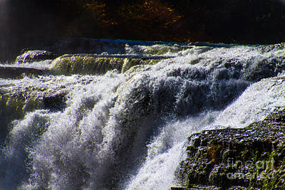 Photograph - top of the Falls by William Norton