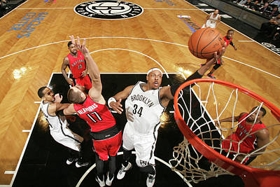 Photograph - Toronto Raptors V Brooklyn Nets - Game by Nathaniel S. Butler
