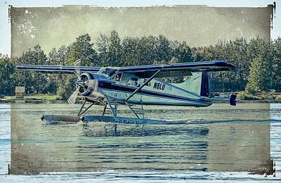 Photograph - Alaska Float Plane - Touchdown On Lake Hood by Dyle   Warren