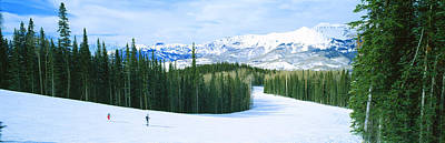 Cold Temperature Photograph - Tourists Skiing On A Snow Covered by Panoramic Images