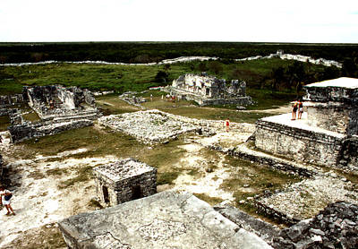 Photograph - Tulum - Wide View by Robert  Rodvik