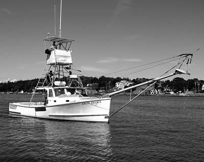 04003 Photograph - Tuna Boat by Donnie Freeman