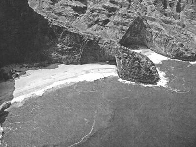 Photograph - Turtle Head Sea Cave Napali Coast by Frank Wilson