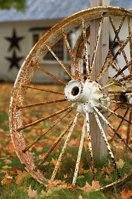 Wagon Wheels Photograph - Usa, New Hampshire, Lake Winnipesaukee by Walter Bibikow
