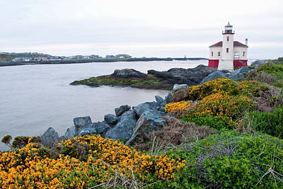 Coquille River Lighthouse Photograph - Usa, Oregon, Bandon, Coquille River by Peter Hawkins