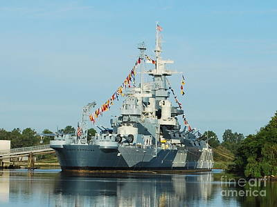 Uss North Carolina Battleship Art Print by Bob Sample