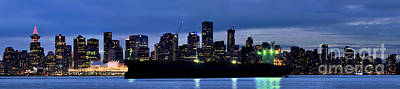 Photograph - Vancouver Skyline At Dusk by Terry Elniski