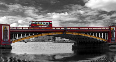 Photograph - Vauxhall Bridge Thames London by David French