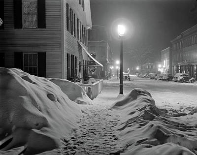 Snowy Night Photograph - Vermont Woodstock, 1940 by Granger