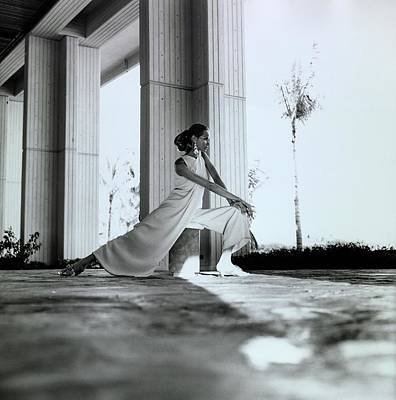 Photograph - Veruschka Wearing Oscar De La Renta Pajamas by Franco Rubartelli