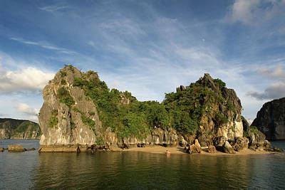 Best Sailing Photograph - Vietnam by Sergi Reboredo
