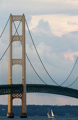 View Of The Mackinac Bridge Connecting Art Print
