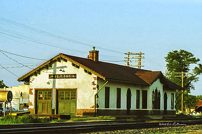 Photograph - Villisca Train Depot by Edward Peterson