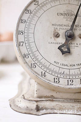 Weigh Photograph - Vintage Kitchen Scale by Edward Fielding