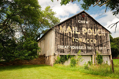 Mail Pouch Photograph - Vintage Mail Pouch Barn by Gregory Ballos
