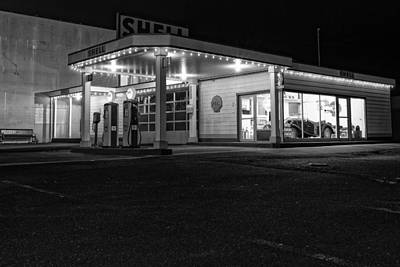 Photograph - Vintage Shell Station by Thomas Hall
