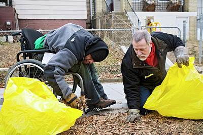 Washington Dc Neighborhoods Photograph - Volunteers Clearing Park Litter by Jim West
