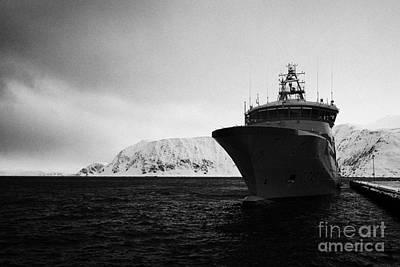 w340 kv barents sea norwegian coast guard kystvakt vessel Honningsvag finnmark norway europe Art Print by Joe Fox