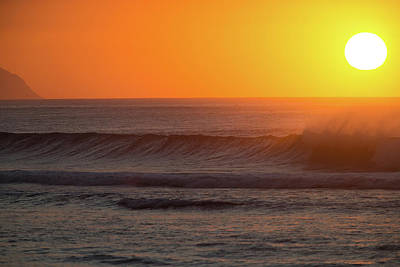 Photograph - Waves In Pacific Ocean At Sunset by Panoramic Images