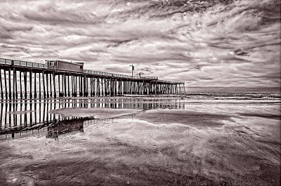 Photograph - Wet Sands And Surf by Leda Robertson