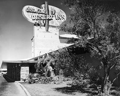 Wilbur Clark's Desert Inn Art Print by Underwood Archives
