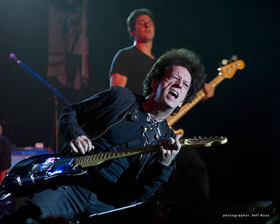 Photograph - Willie Nile by Jeff Ross