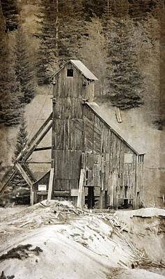 Old Miner Photograph - Yankee Girl Mine by Dan Sproul