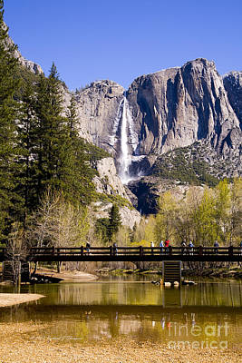 Photograph - Yosemite Water Fall by Richard J Thompson