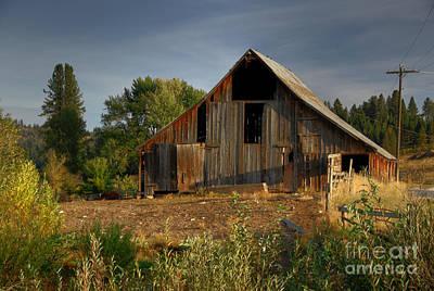 Photograph - Yourn Barn by Sam Rosen