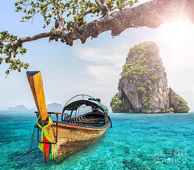 Nic Photograph - Railay Beach by Anek Suwannaphoom