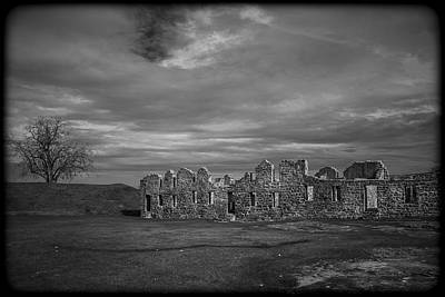 Crown Point New York Photograph - 102414-122 by Mike Davis