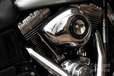 Photograph - 103 Cubic Inches by John Rizzuto