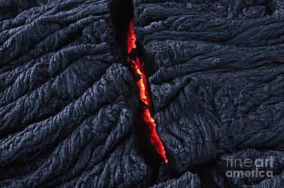 Photograph - Pahoehoe Lava, Kilauea Volcano, Hawaii by Douglas Peebles