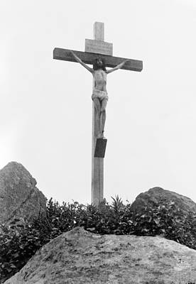 Photograph - The Crucifixion by Granger